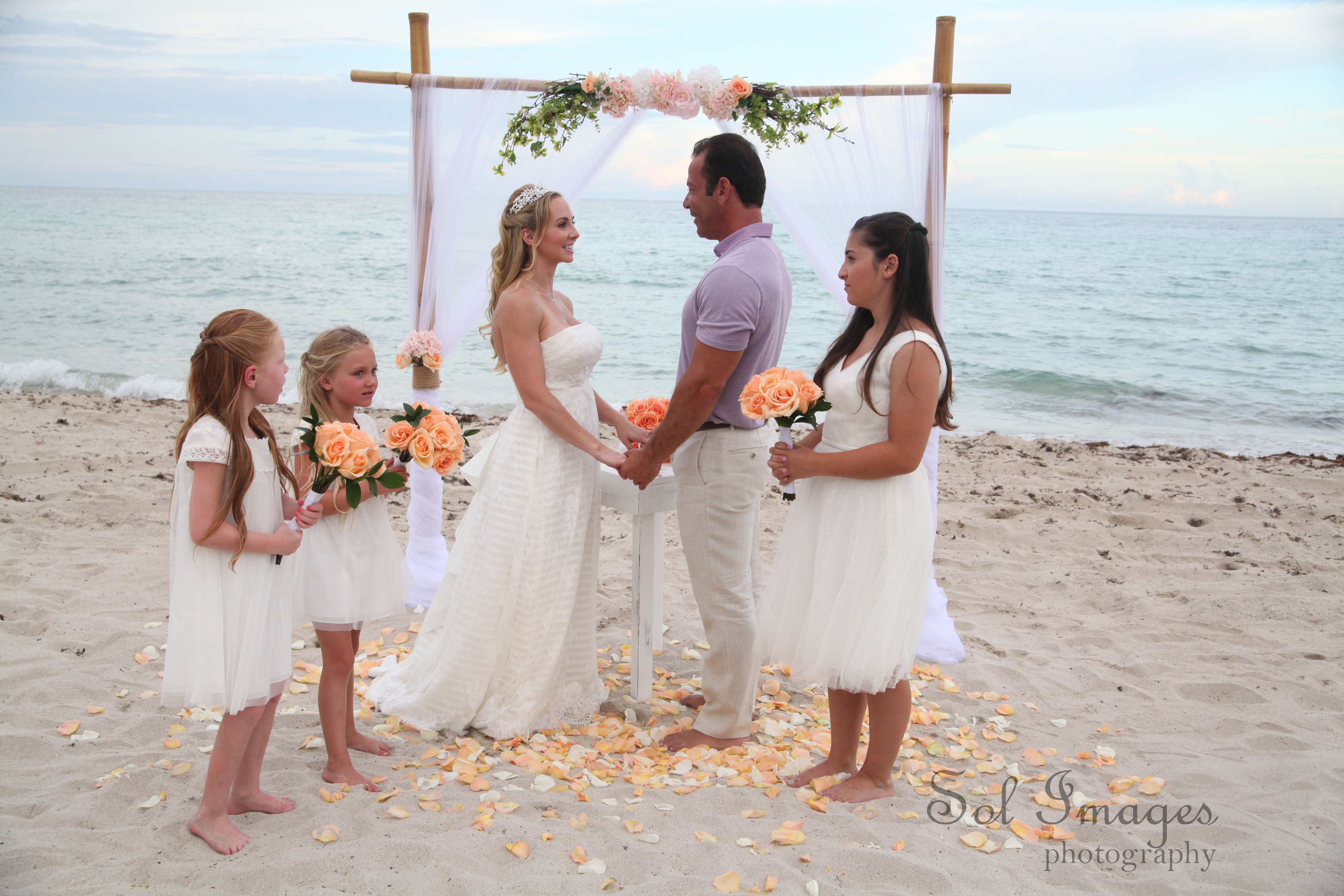 Fontainebleau Miami Beach Wedding Wedding Bells Amp Seashells Wedding Bells Amp Seashells